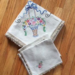 Vintage linen embroidered tablecloth with napkins